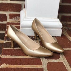Karen Scott heels size 6.5